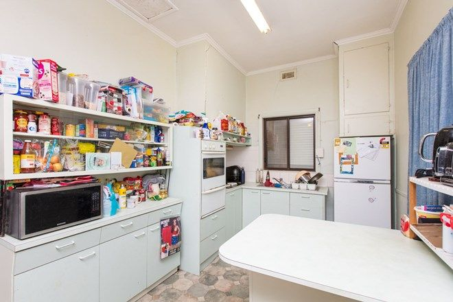 Picture of 21 Kauri Street, RED CLIFFS VIC 3496