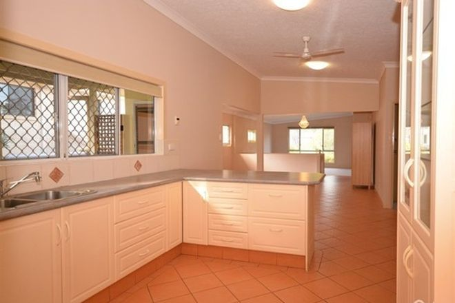 Picture of 12 Wynflo Street, LABRADOR QLD 4215