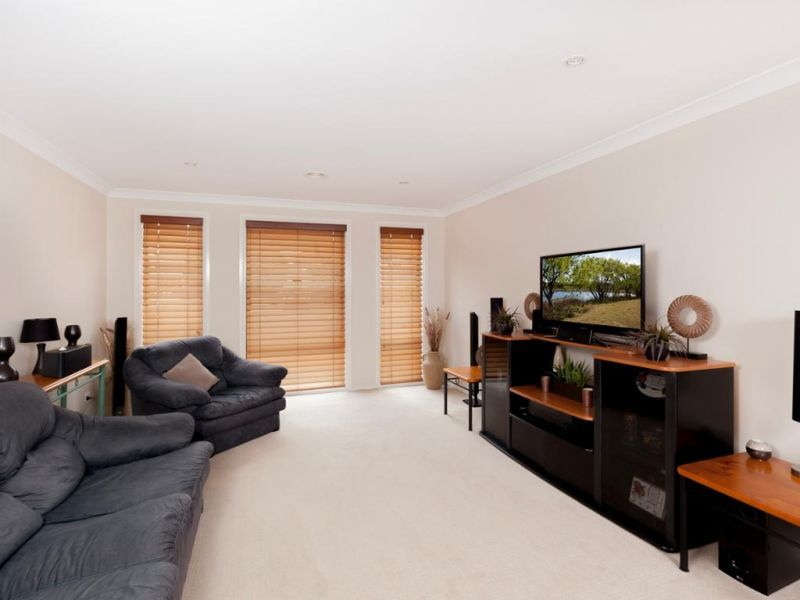 12 Thornley Close, Lithgow NSW 2790, Image 2