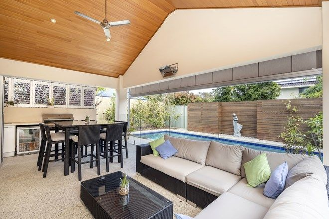 Picture of 9 Caithness Road, FLOREAT WA 6014