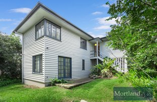 Picture of 11 Camira Street, St Lucia QLD 4067