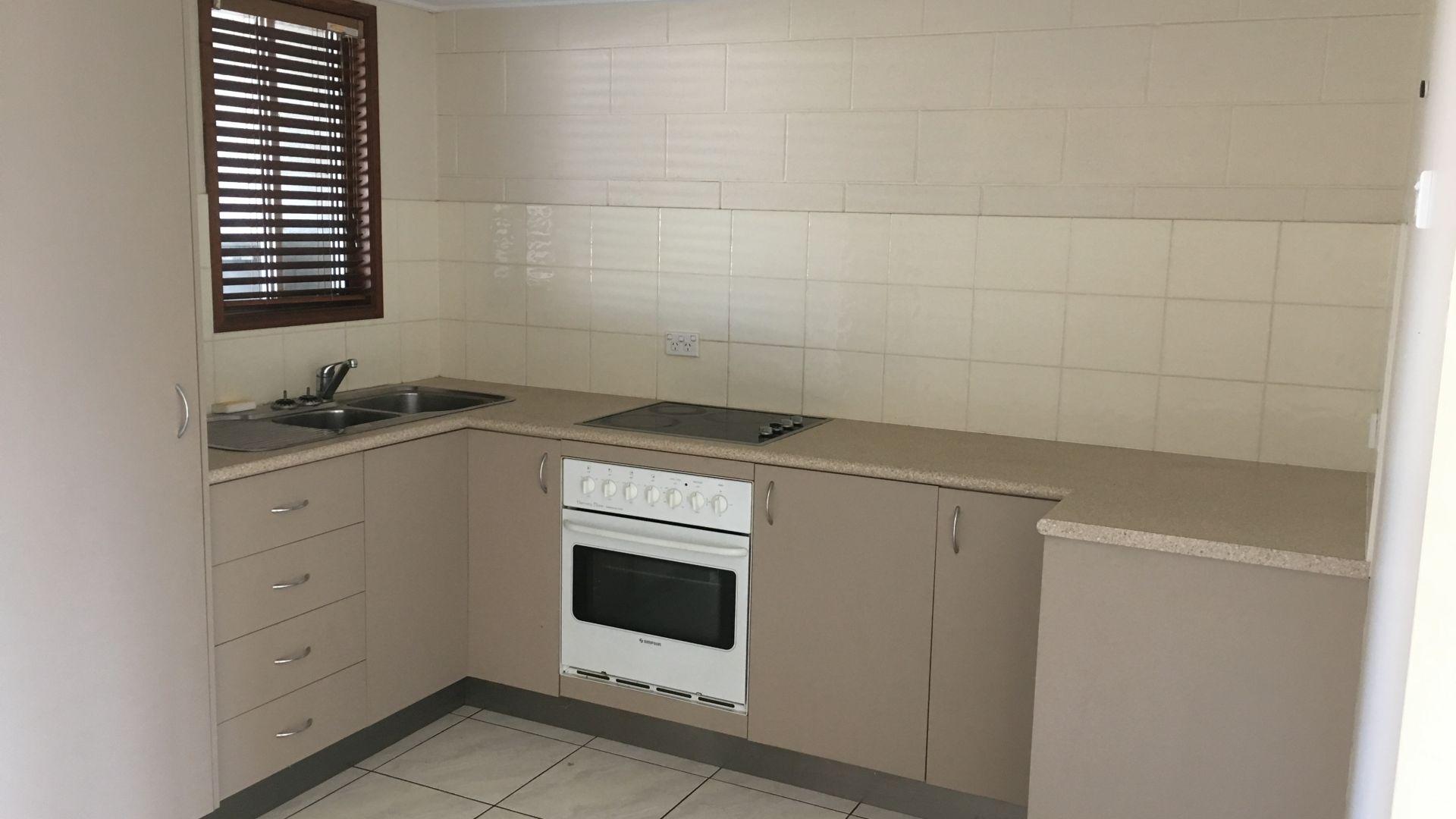 12 Davy Avenue, Proserpine QLD 4800, Image 1