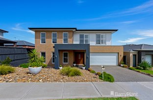 Picture of 38 Ellaroo Circuit, Clyde North VIC 3978