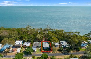 Picture of 42 Kingfisher Parade, Toogoom QLD 4655