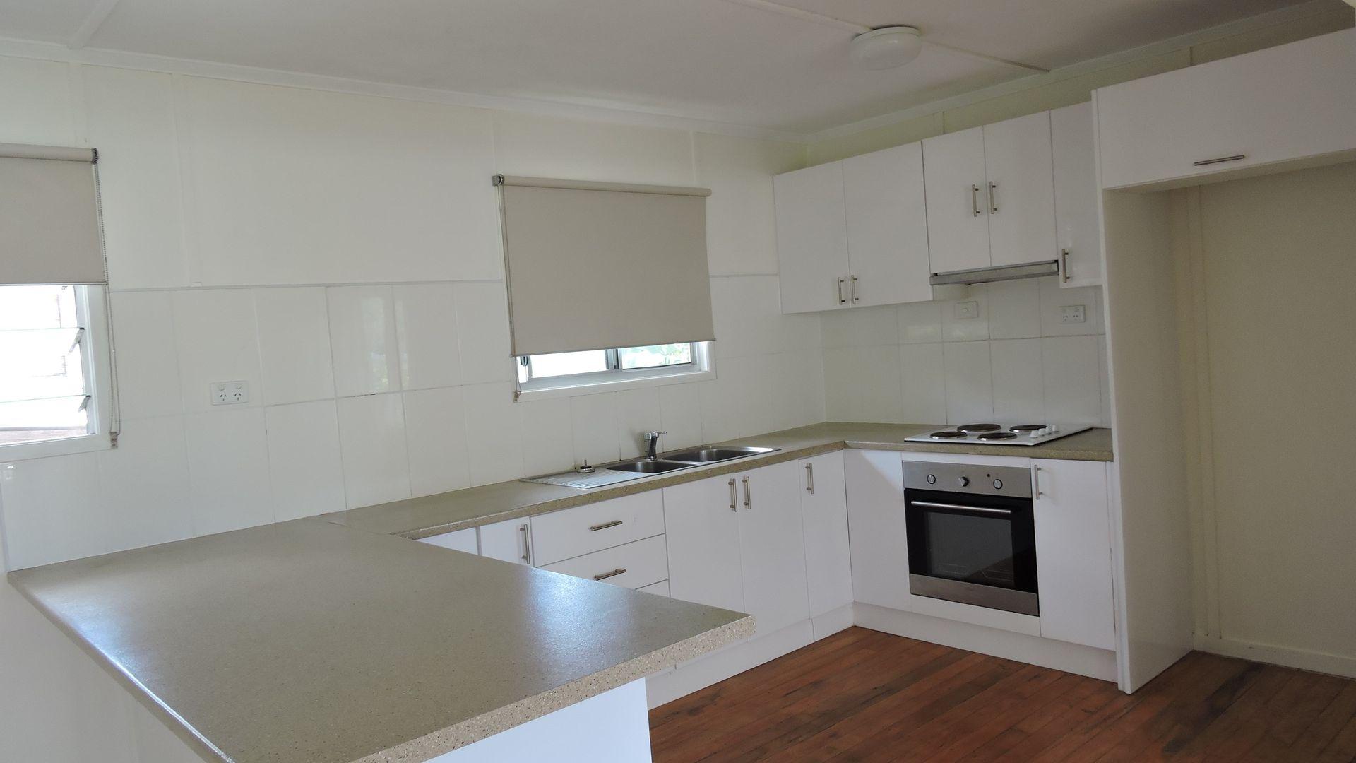2/10 Martha Street, Goodna QLD 4300, Image 1