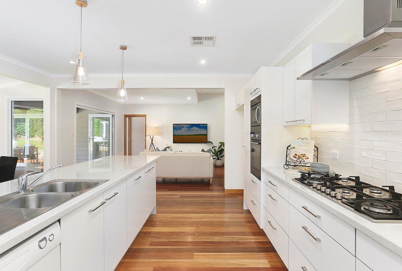 27 Tennyson Avenue, Turramurra NSW 2074, Image 2
