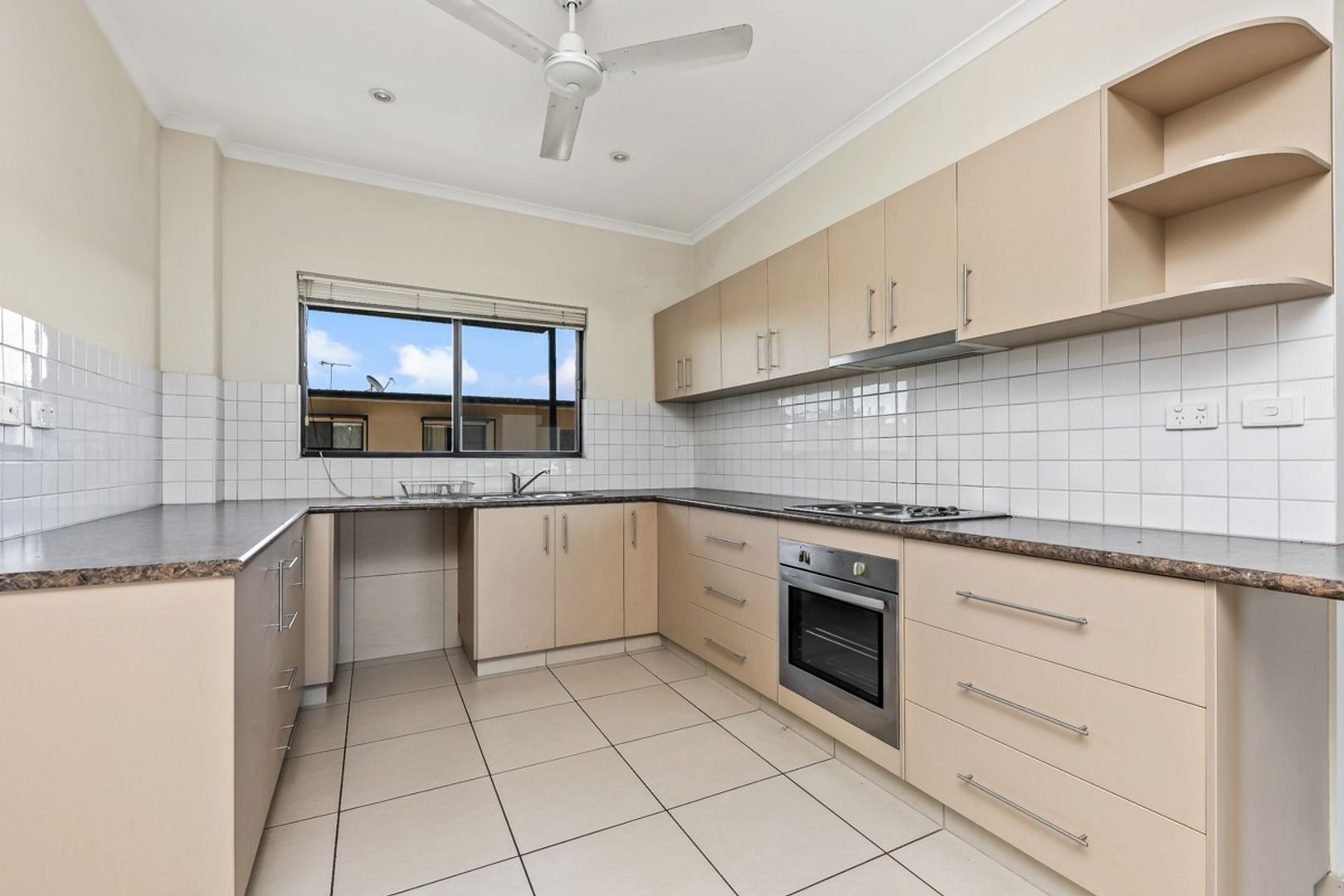 12/186 Forrest Parade, Rosebery NT 0832, Image 2