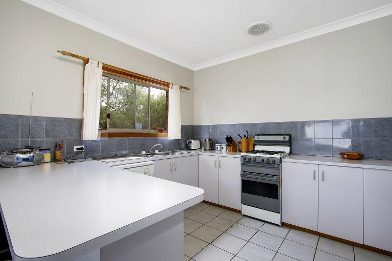 1/387 Kotthoff Street, Lavington NSW 2641, Image 1