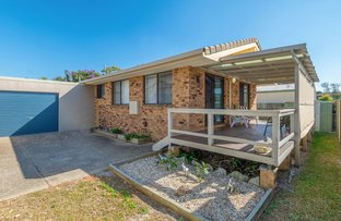 Picture of 2/37 Gumnut Road, Yamba NSW 2464