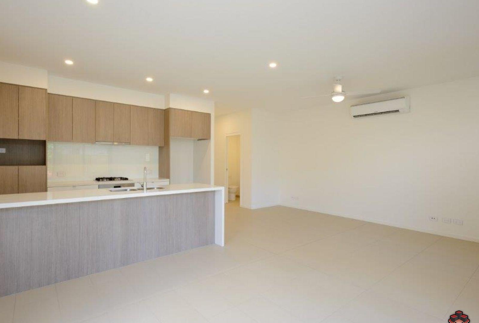 112 North Quay Circuit, Hope Island QLD 4212, Image 2