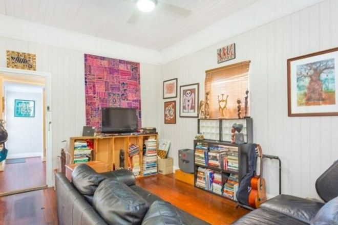 Picture of 14 Baynes Street, HIGHGATE HILL QLD 4101