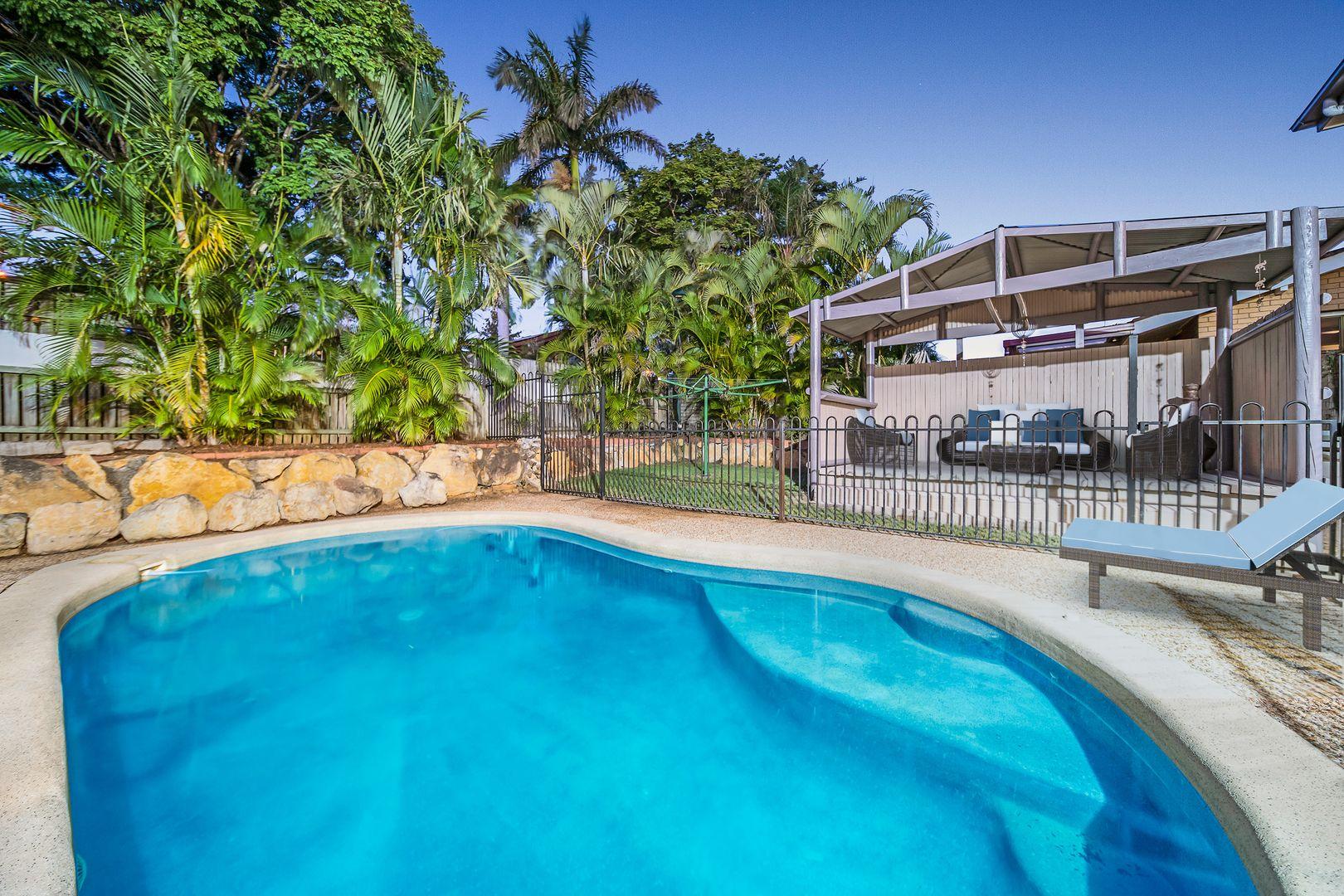 48 Raelene Terrace, Springwood QLD 4127, Image 2