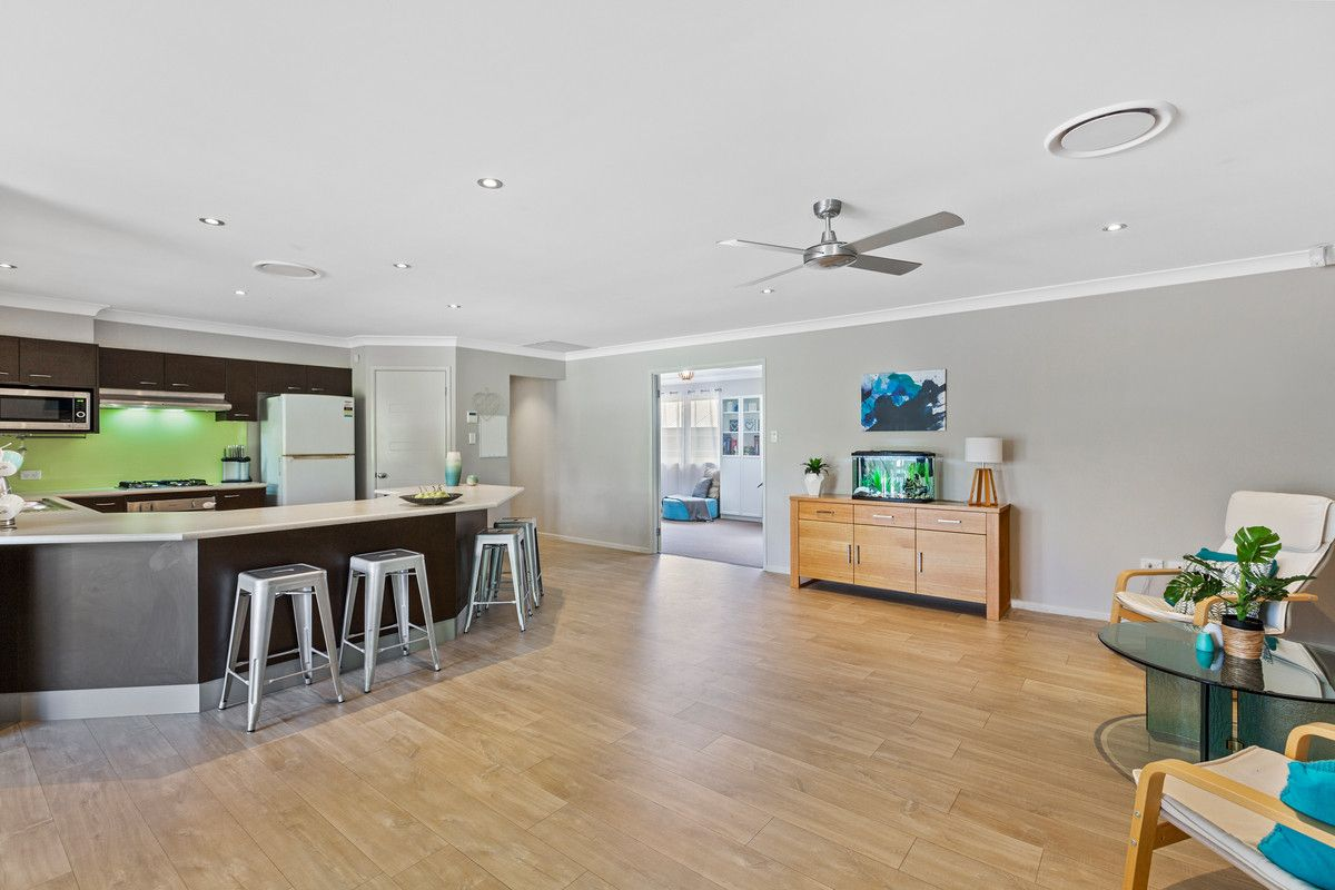 11 Helios Street, Woongarrah NSW 2259, Image 1