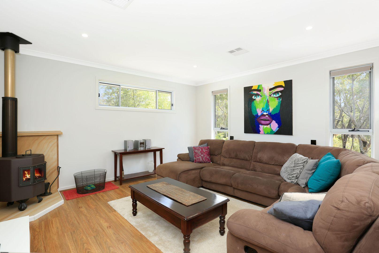 31 Cumberteen Street, Hill Top NSW 2575, Image 2