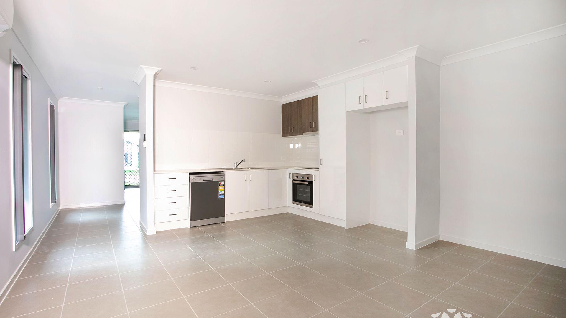 2/1 Magpie Crescent, Redbank Plains QLD 4301, Image 1