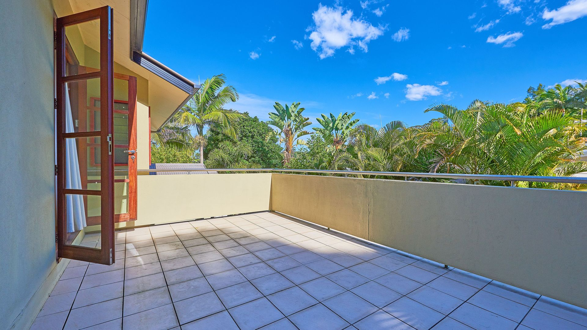 9 Palmer Avenue, Ocean Shores NSW 2483, Image 2