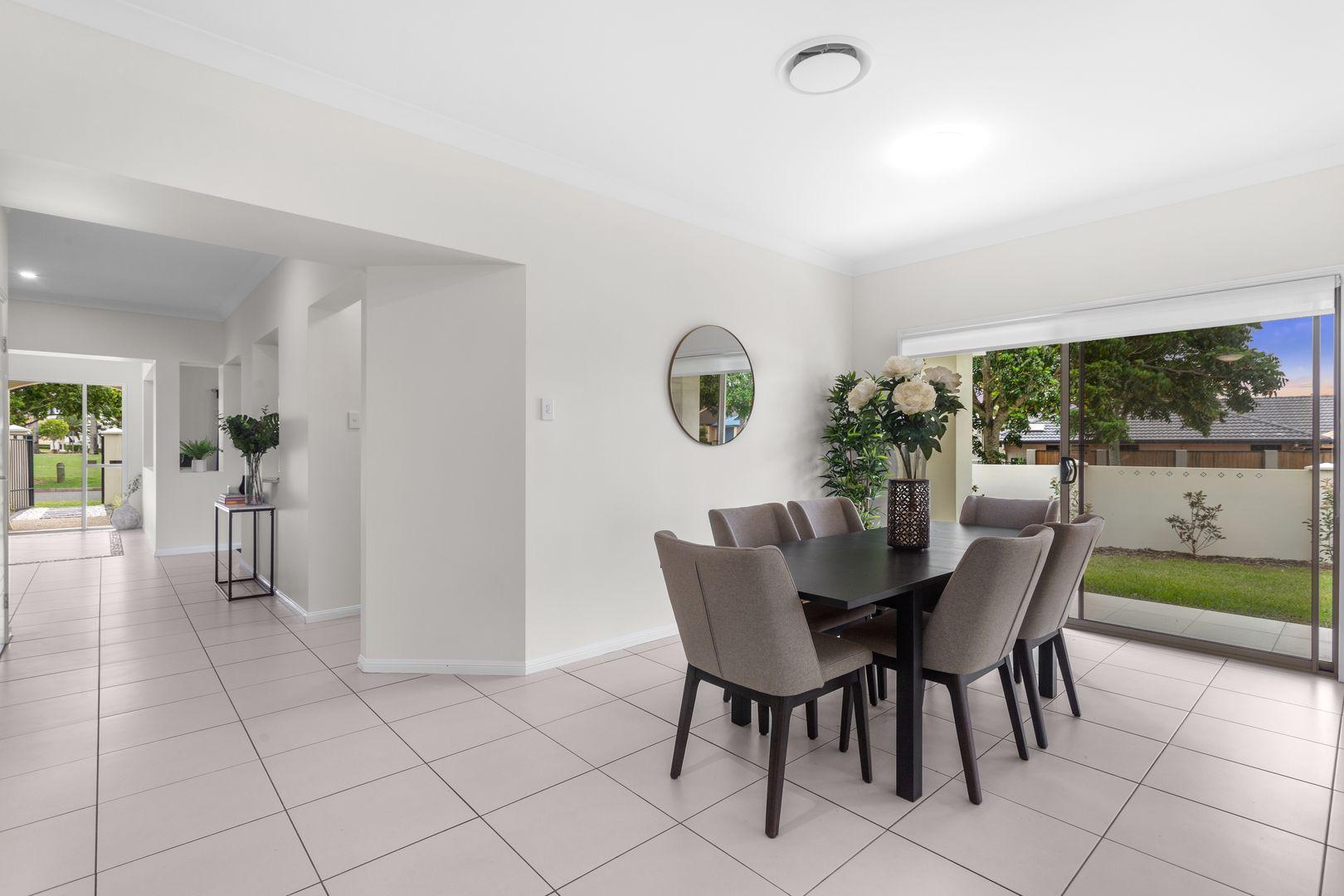 1 Asciano Place, Bridgeman Downs QLD 4035, Image 2