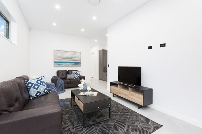 Picture of 154A Holt Road, TAREN POINT NSW 2229