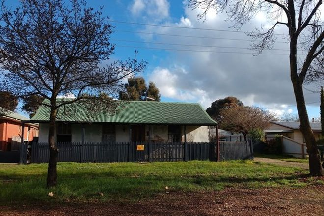 Picture of 41 Playne Street, HEATHCOTE VIC 3523