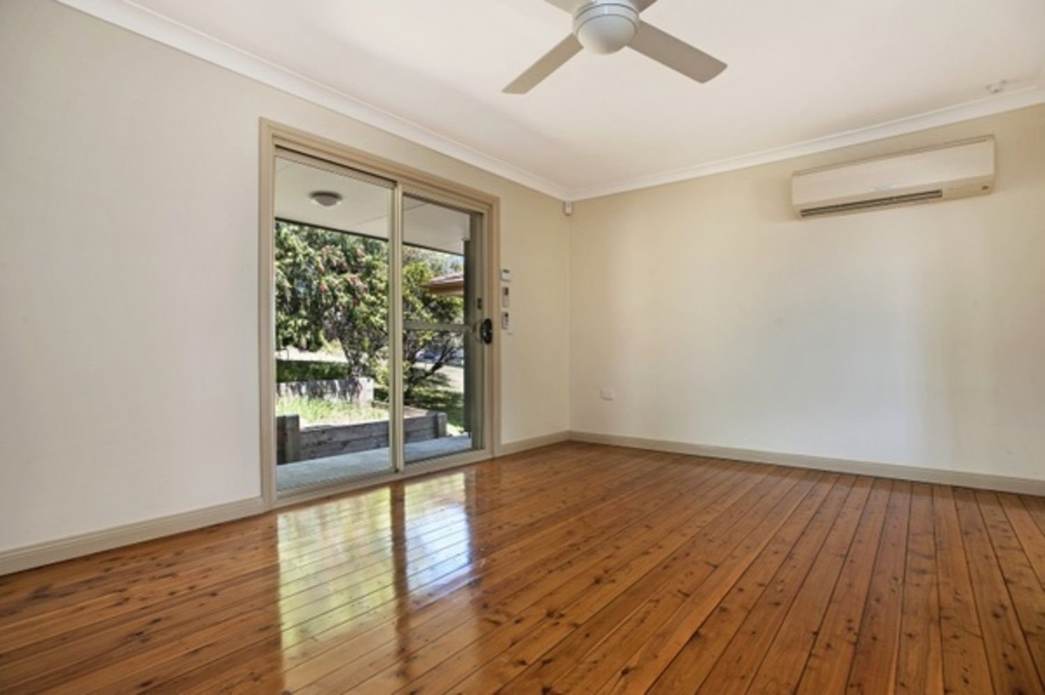 7 Unicomb Close, Rutherford NSW 2320, Image 1