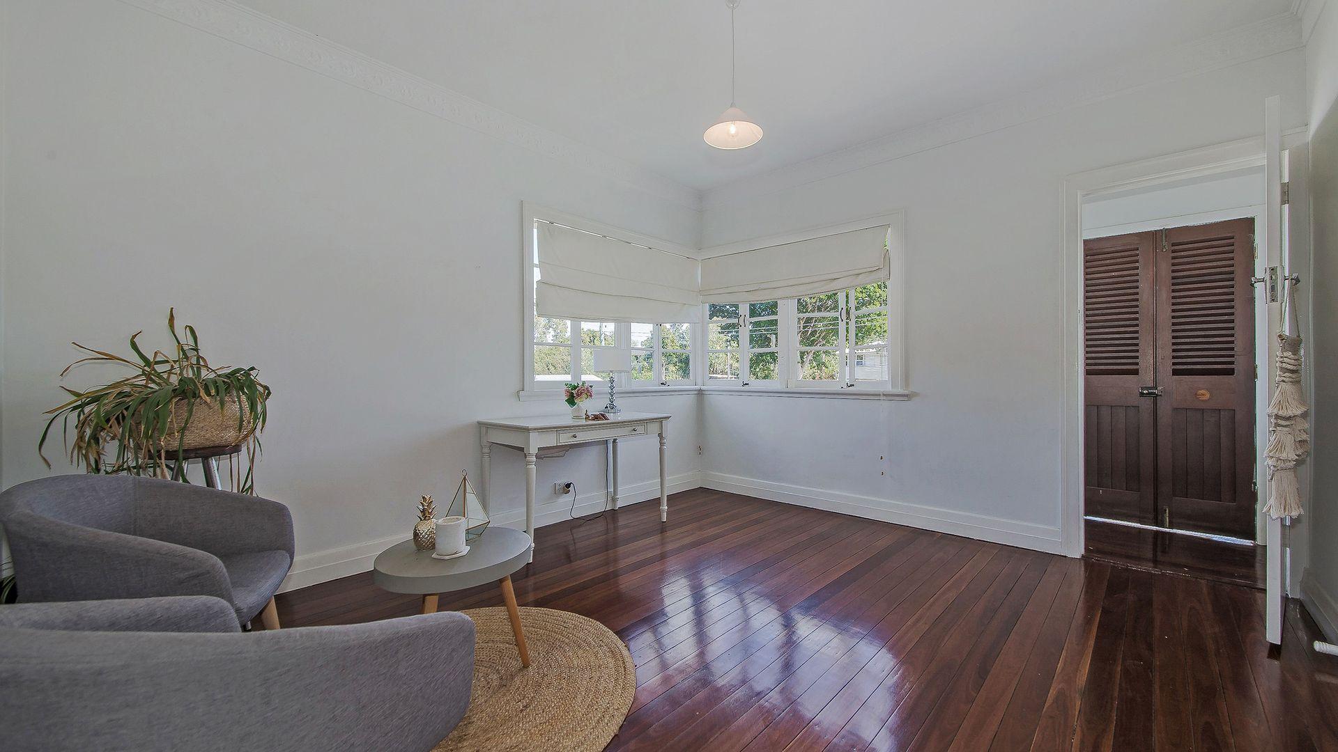 30 Brisbane Corso, Fairfield QLD 4103, Image 2