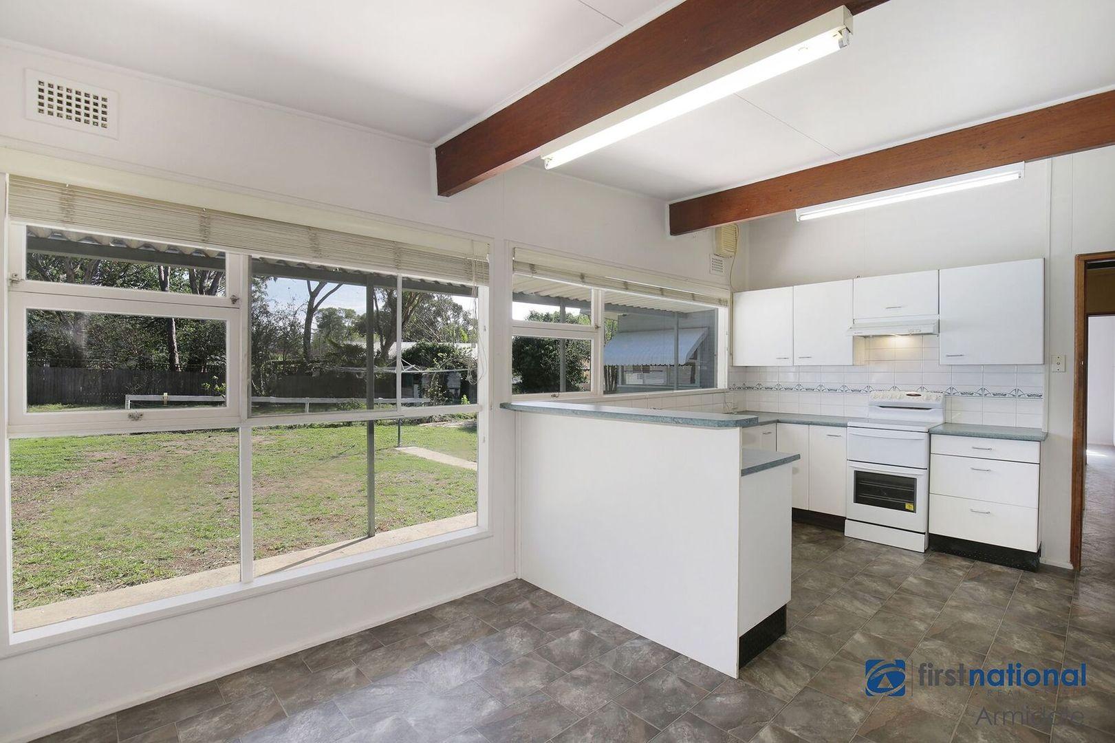 77 Erskine Street, Armidale NSW 2350, Image 2