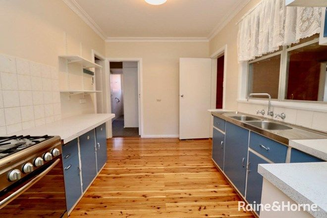 Picture of 4 Edgell Street, WEST BATHURST NSW 2795