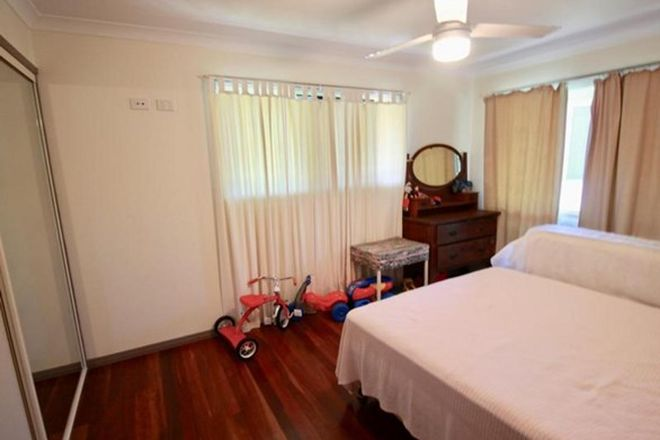 Picture of 8A Childers  Road, KENSINGTON QLD 4670