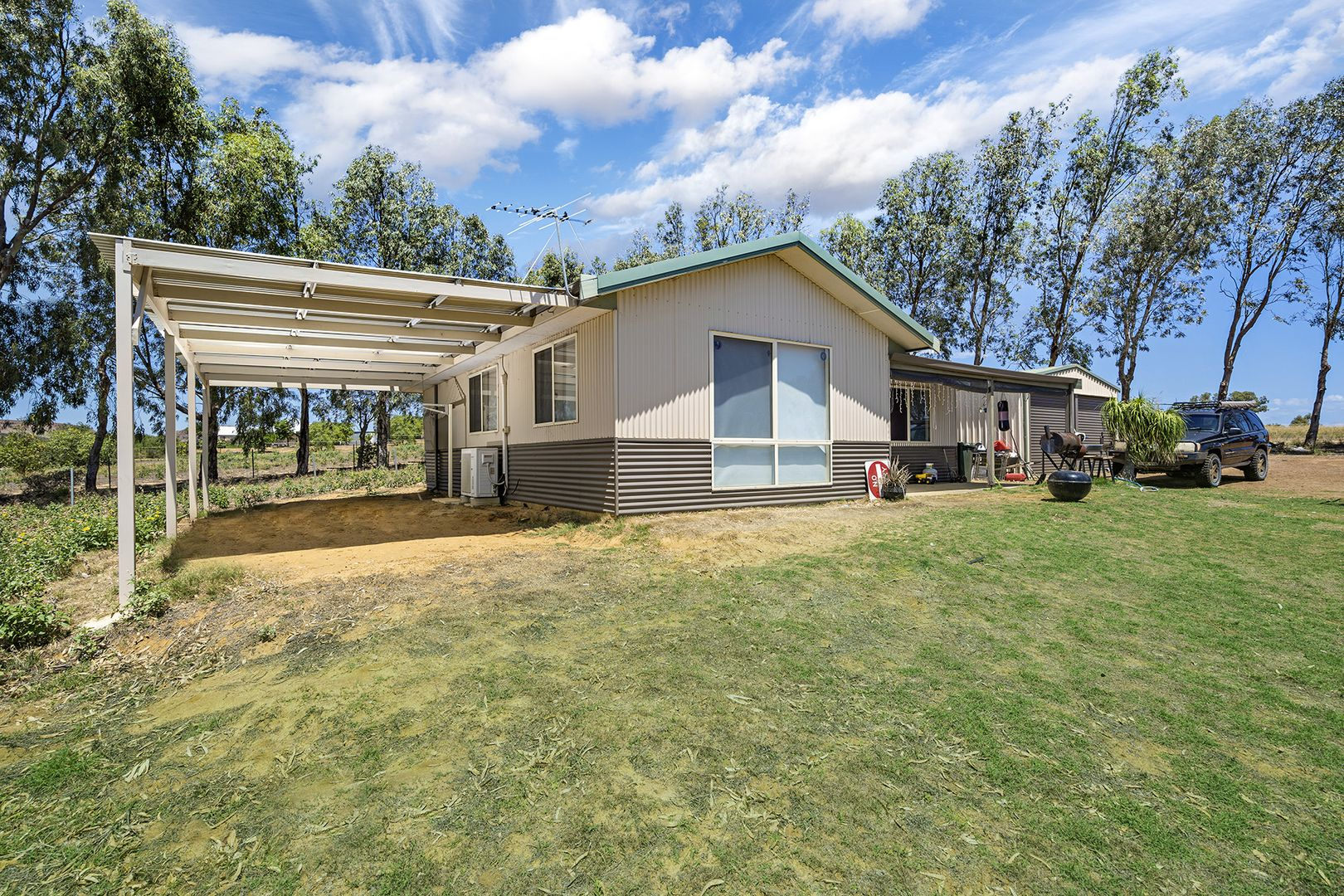 11 Hill Creek Road, Moresby WA 6530, Image 1