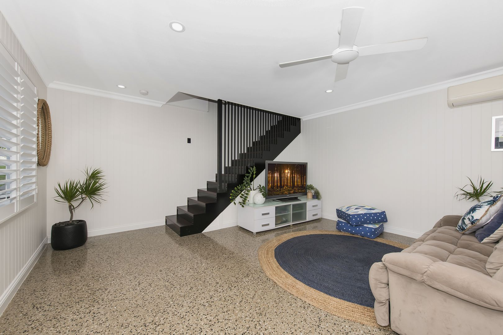 329 Stanley Street, North Ward QLD 4810, Image 2