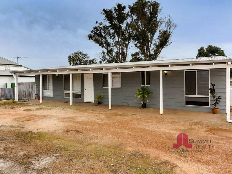 21 Moira Road, Collie WA 6225, Image 2