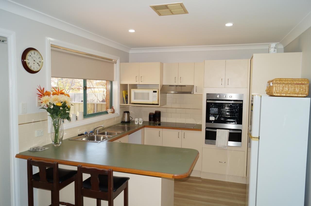 13A Murrayfield Drive, Dubbo NSW 2830, Image 2