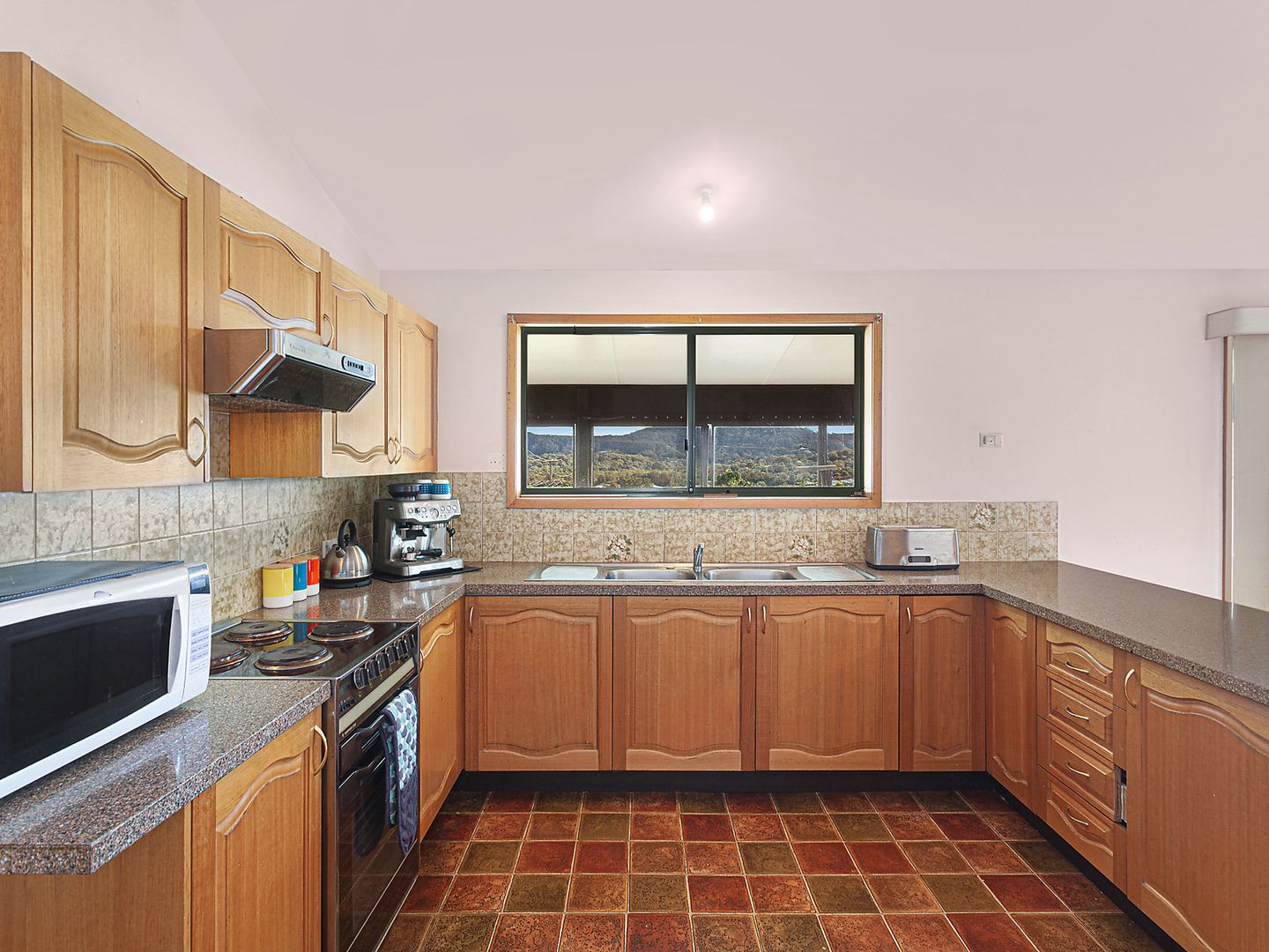 59 Lowanna Avenue, Forresters Beach NSW 2260, Image 2