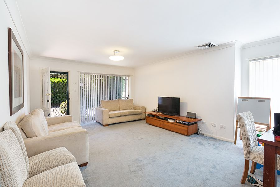 4/22-24 Dianella Street, Caringbah NSW 2229, Image 2