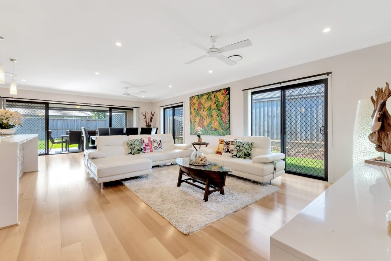 11 Gracedale View, Gledswood Hills NSW 2557, Image 2