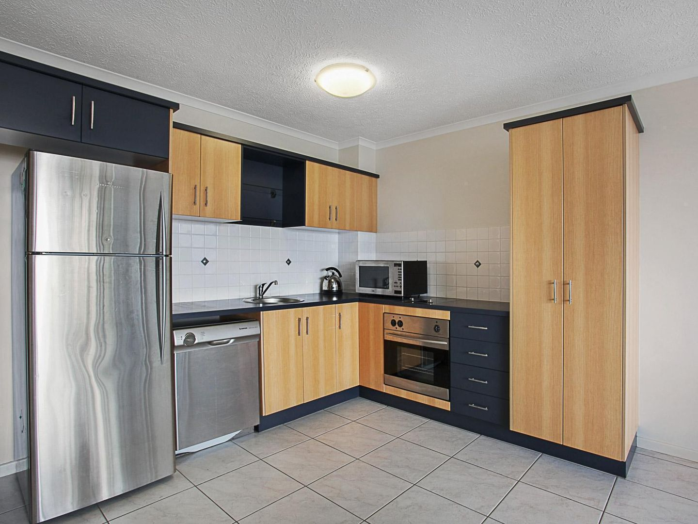 12/209 Wills Street, Townsville City QLD 4810, Image 1