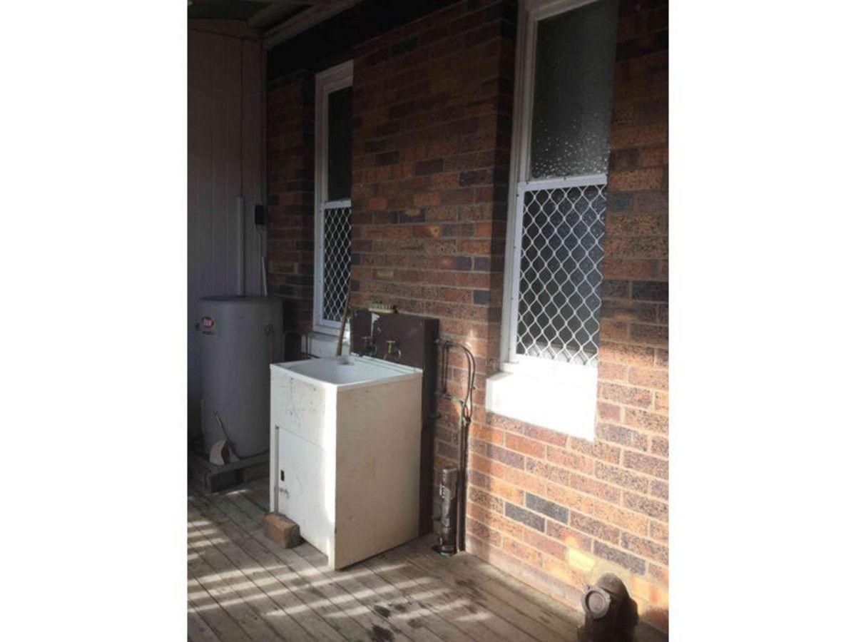 2/151 Palmerin Street, Warwick QLD 4370, Image 2