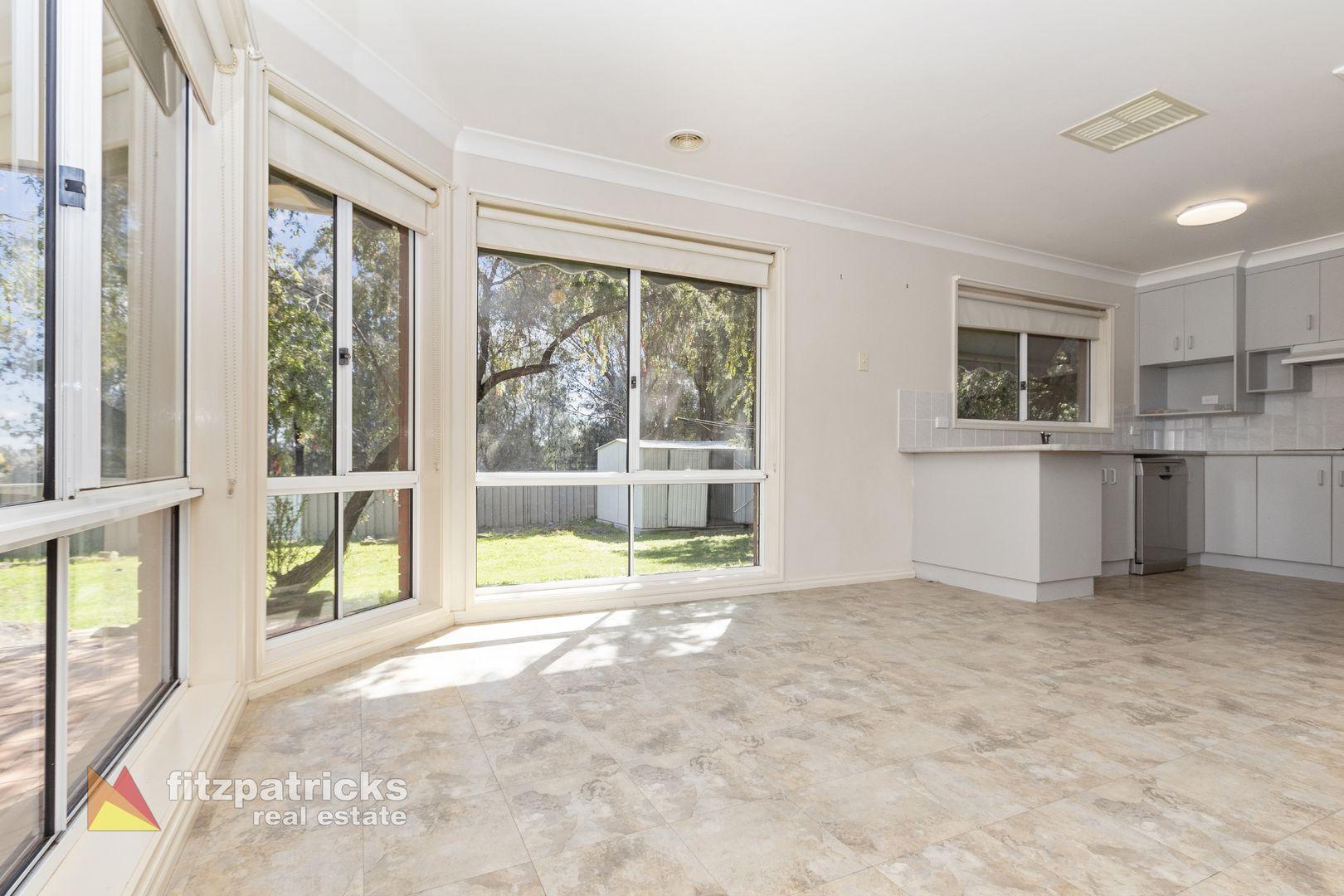 17 Bourkelands Drive, Bourkelands NSW 2650, Image 2