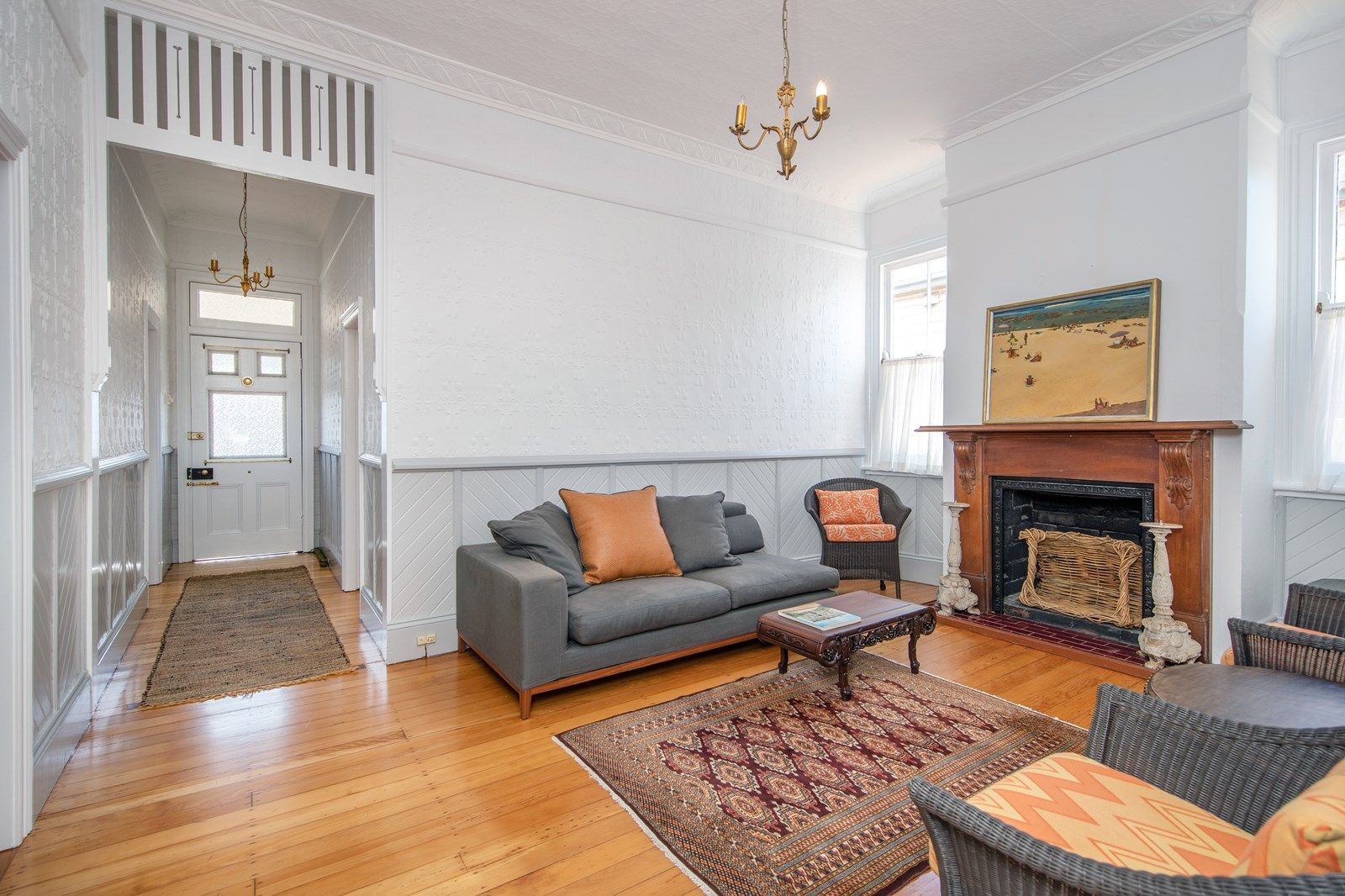 73 Glebe Road, The Junction NSW 2291, Image 2
