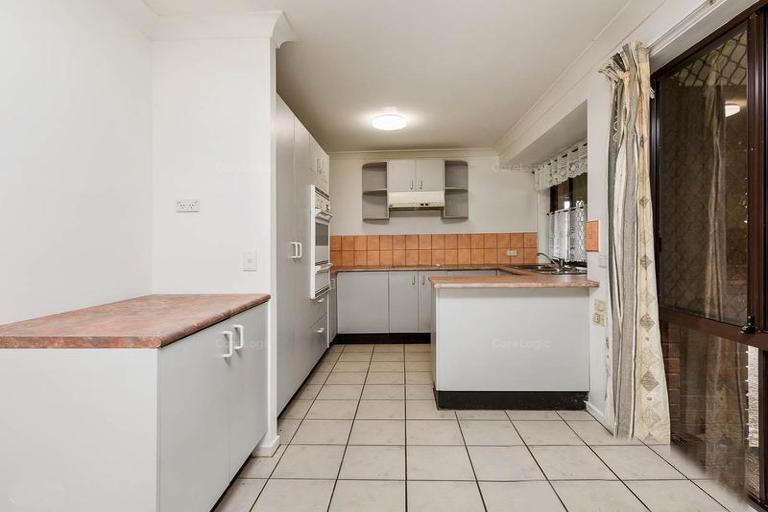 7 Claret Court, Kingston QLD 4114, Image 1