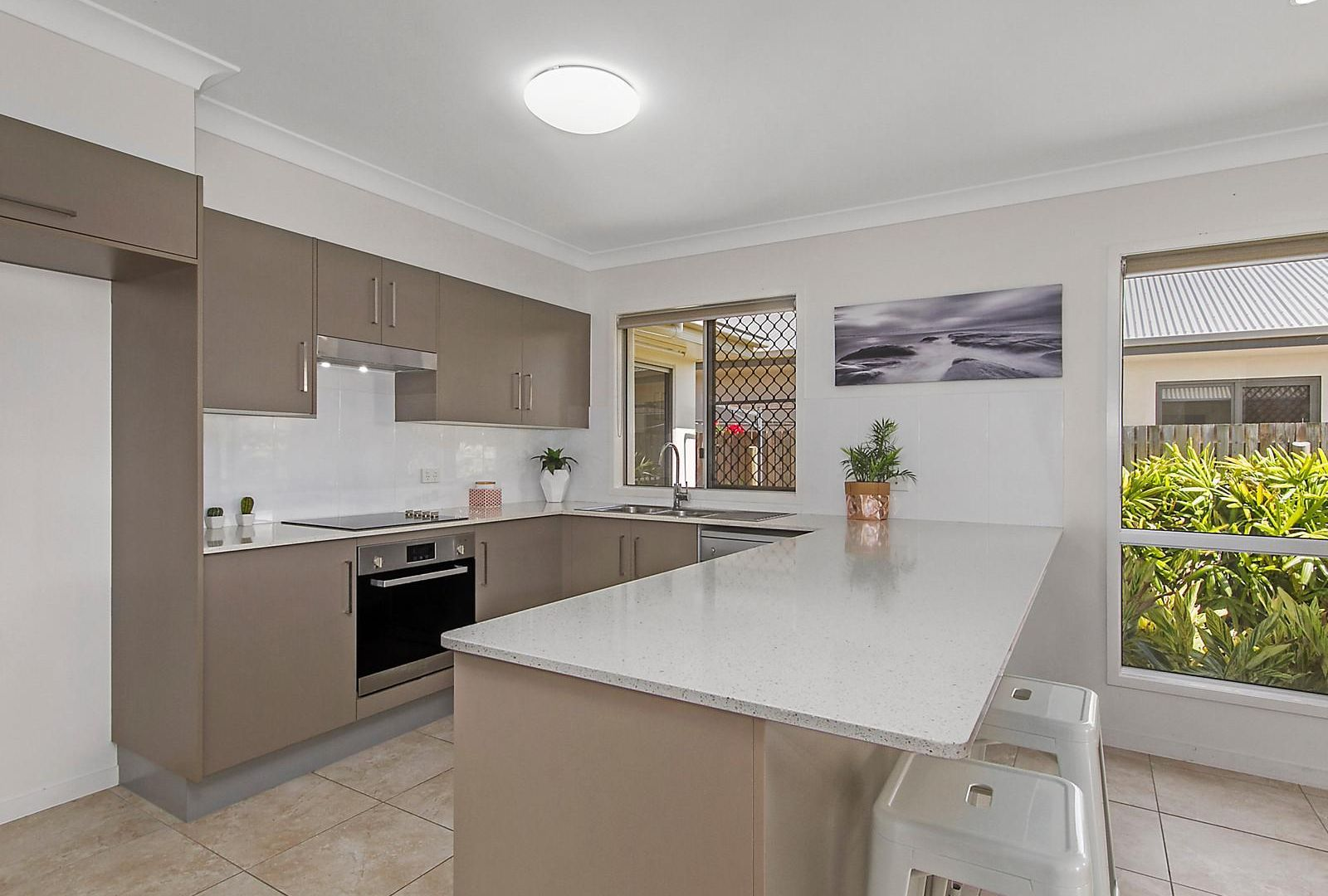 4 Nima Street, Burdell QLD 4818, Image 2