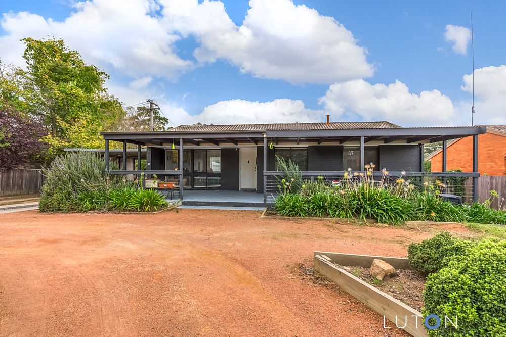 10 Macfaull Place, Stirling ACT 2611, Image 0