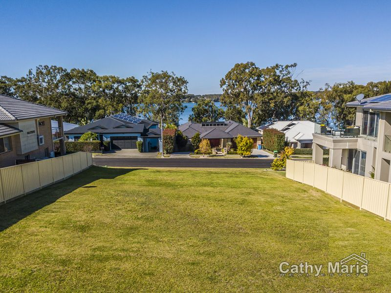 18 Mulwala Drive, Wyee Point NSW 2259, Image 0
