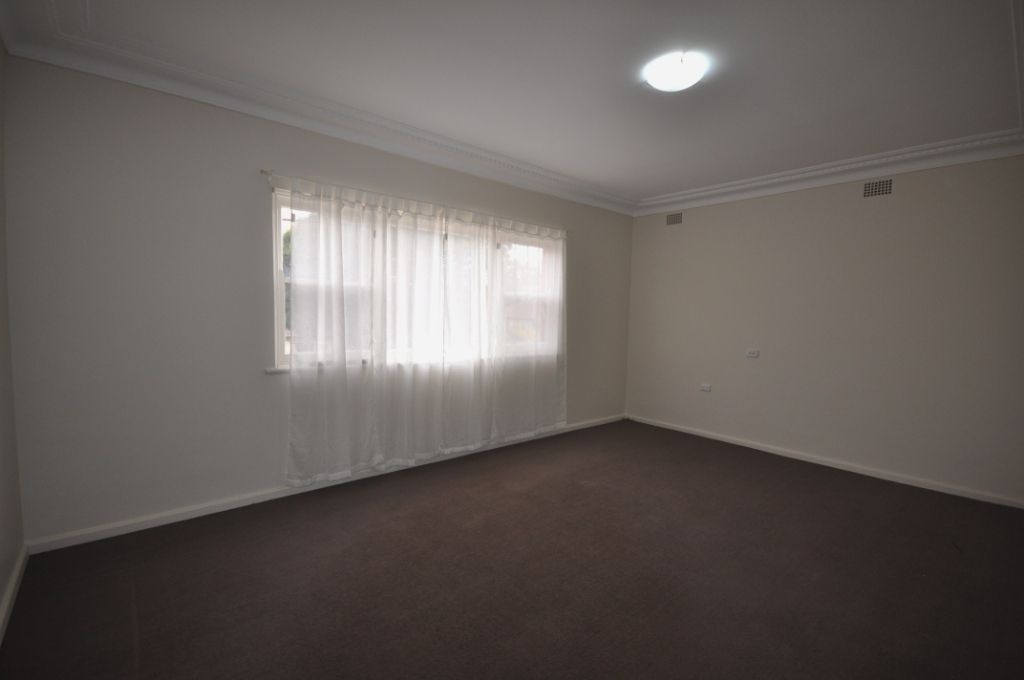 2/60 Palmer Street, Guildford NSW 2161, Image 1
