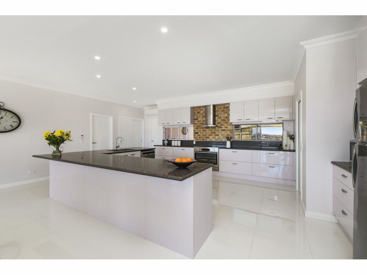 22 Glenelg Crescent, Red Head NSW 2430, Image 0