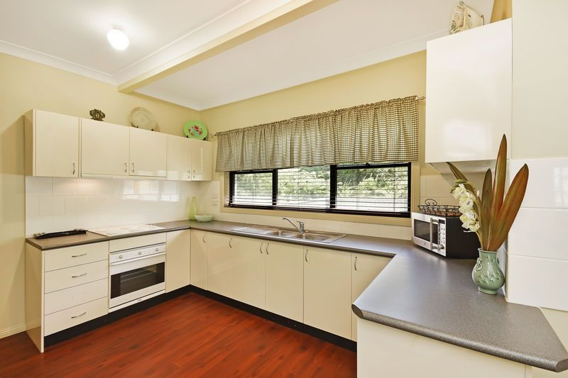 8 Quinns Avenue, Leura NSW 2780, Image 1