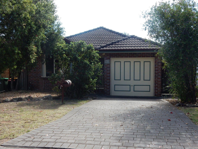 42 Lyndhurst Crt, Wattle Grove NSW 2173, Image 0