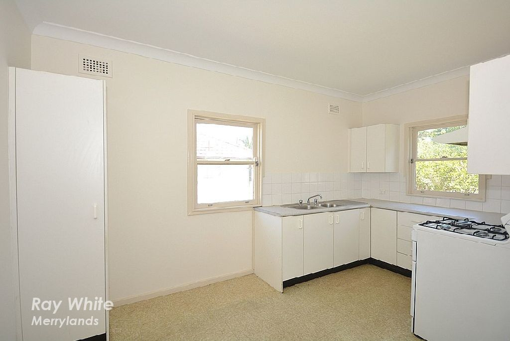 27 Kimberley Street, Merrylands NSW 2160, Image 2