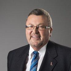 Andrew Chisholm, Sales representative