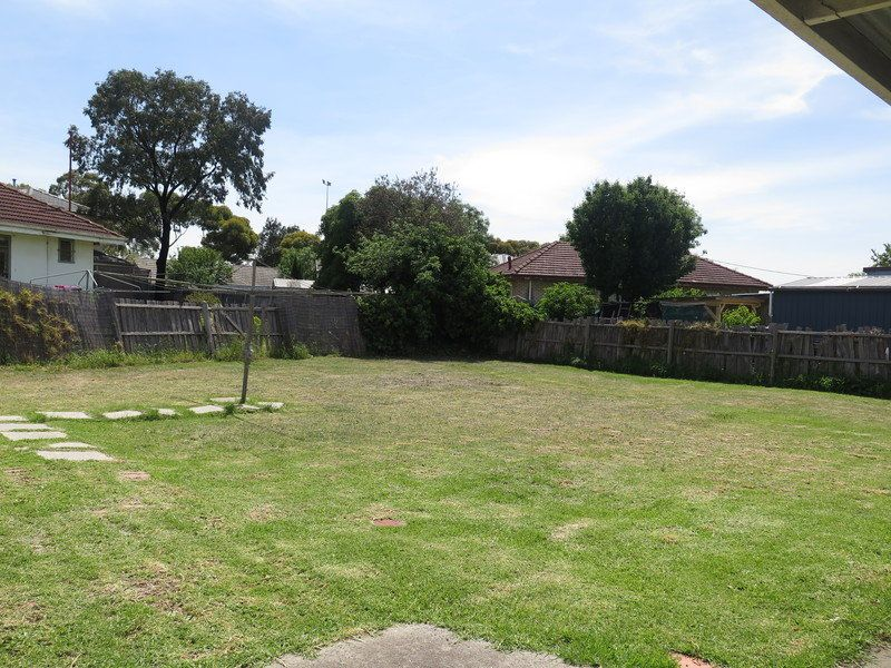 2 Oak Court, Braybrook VIC 3019, Image 4
